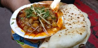 North India special food Chole Kulche making video