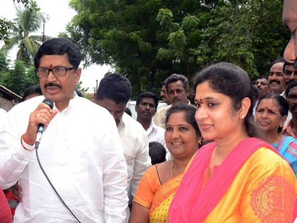 Murali Mohan daughter in law to be the rajahmundry mp candidate