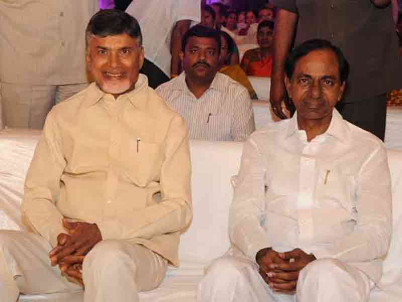 Who will make national politics either kcr or chandrababu?
