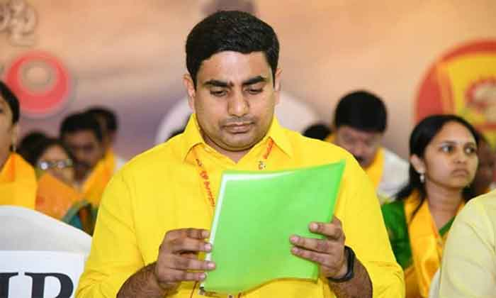 chandra babu might hand over tdp responsibilities to nara lokesh
