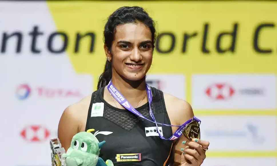 pv sindhu crated history by winning world badminton championship title