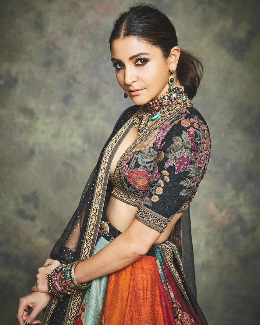 Bollywood Actress AnushkaSharma Diwali Photos