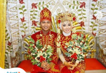 The bride and groom cannot go to the toilet in this country for three days after marriage